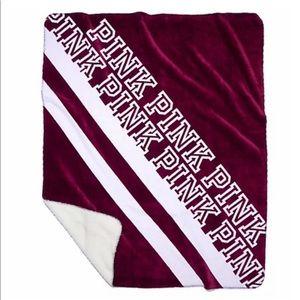 **Considering Selling** sherpa blanket